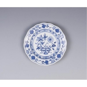 Meissen Blue Onion Bread and Butter Plate