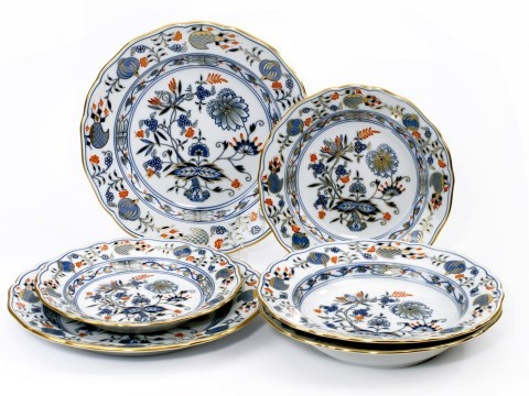 Meissen Rich Blue Onion Five Piece Place Setting